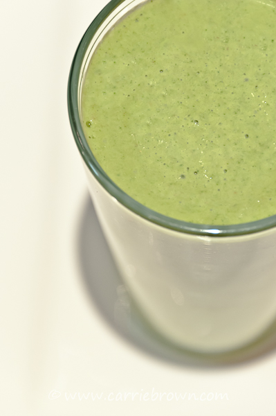 Green Smoothie - Strawberry and Avocado